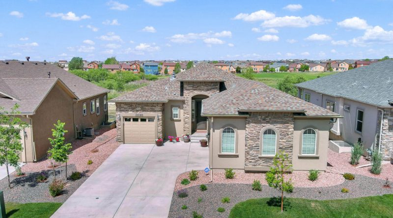 10068 Stonemont Dr For Sale